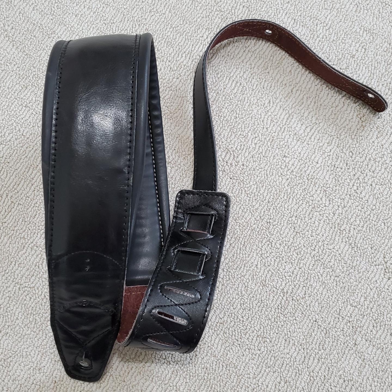 Walker & Williams Premium Leather Black Guitar Strap